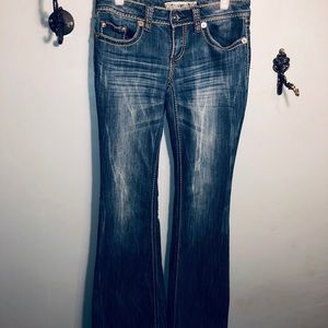 "YMI ladies ""Flirty flare"" jeans 👖"